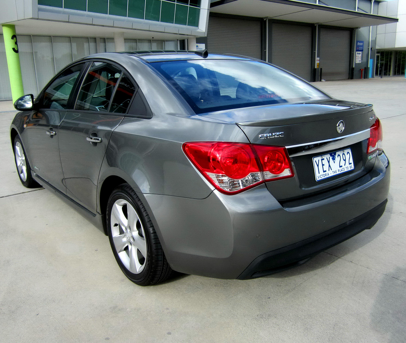 First Drive 2011 Holden Cruze Series Ii Sri V Carscoops