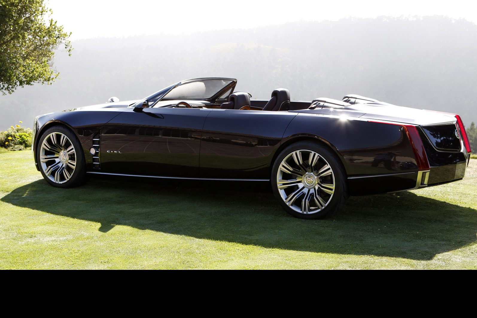 New Cadillac Ciel 4-door Convertible Concept Wows Pebble Beach Crowd