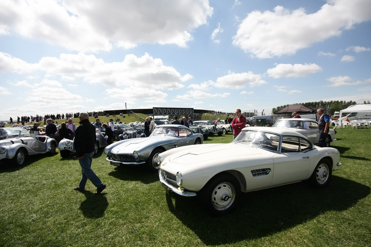 Bmw Car Club Gb Announces Its First Ever Z Fest Carscoops