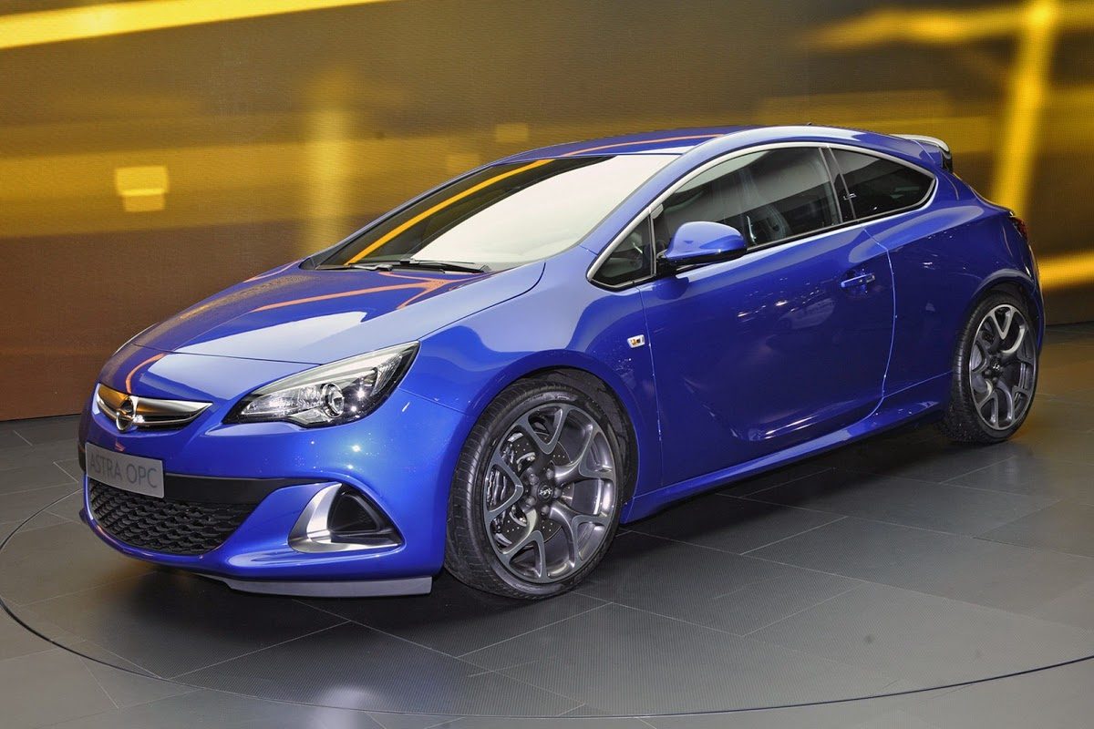 hot opel astra opc with 276hp storms the 2012 geneva motor