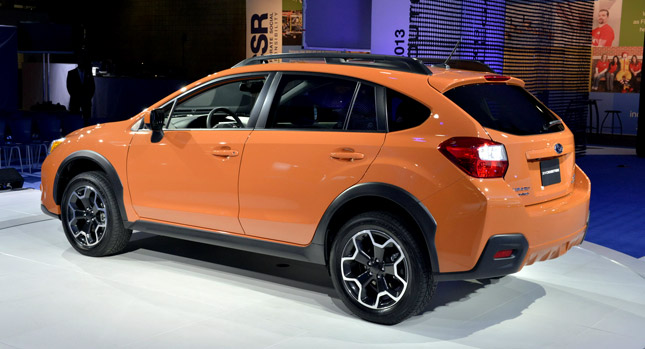 2013 subaru xv crosstrek debuts in new york goes on sale this fall carscoops. Black Bedroom Furniture Sets. Home Design Ideas