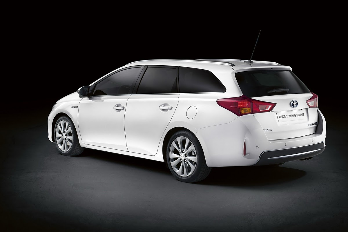 Toyota Auris Touring Sports Hybrid 2021