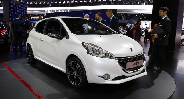 peugeot 208 gti in the flesh from paris and on film in new promo carscoops. Black Bedroom Furniture Sets. Home Design Ideas