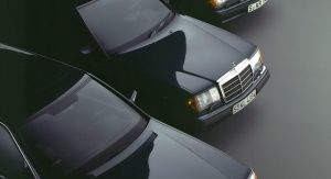 Mercedes-Benz-W201-30th-Anniversary-65