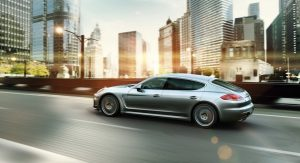 2014-Porsche-Panamera-Turbo-Executive-2