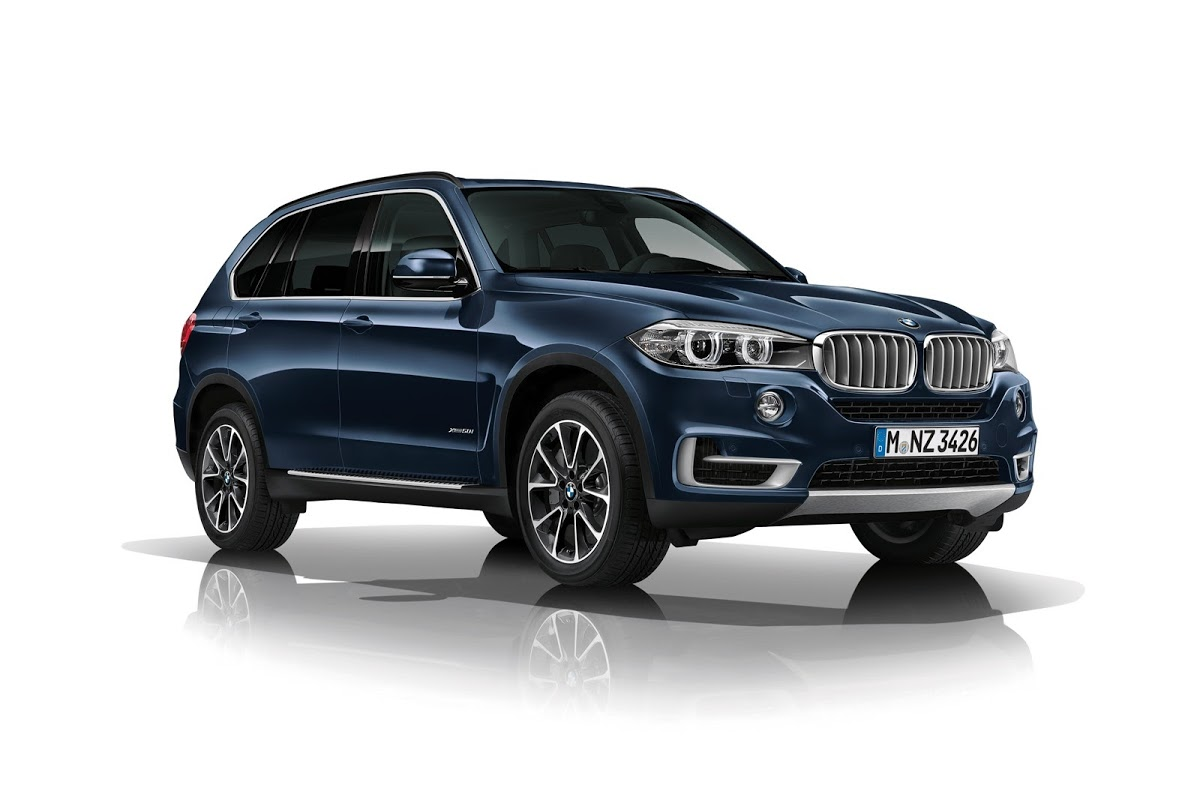 new bmw x5 gets its shining armor with the security plus version carscoops. Black Bedroom Furniture Sets. Home Design Ideas