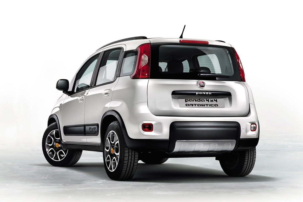 fiat to unveil panda 4x4 antarctica and freemont black. Black Bedroom Furniture Sets. Home Design Ideas