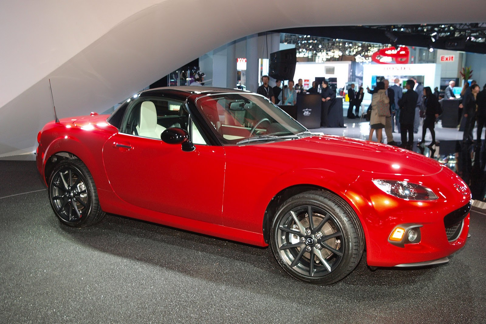 2015 Mazda Mx 5 25th Anniversary Edition Comes To Ny Only