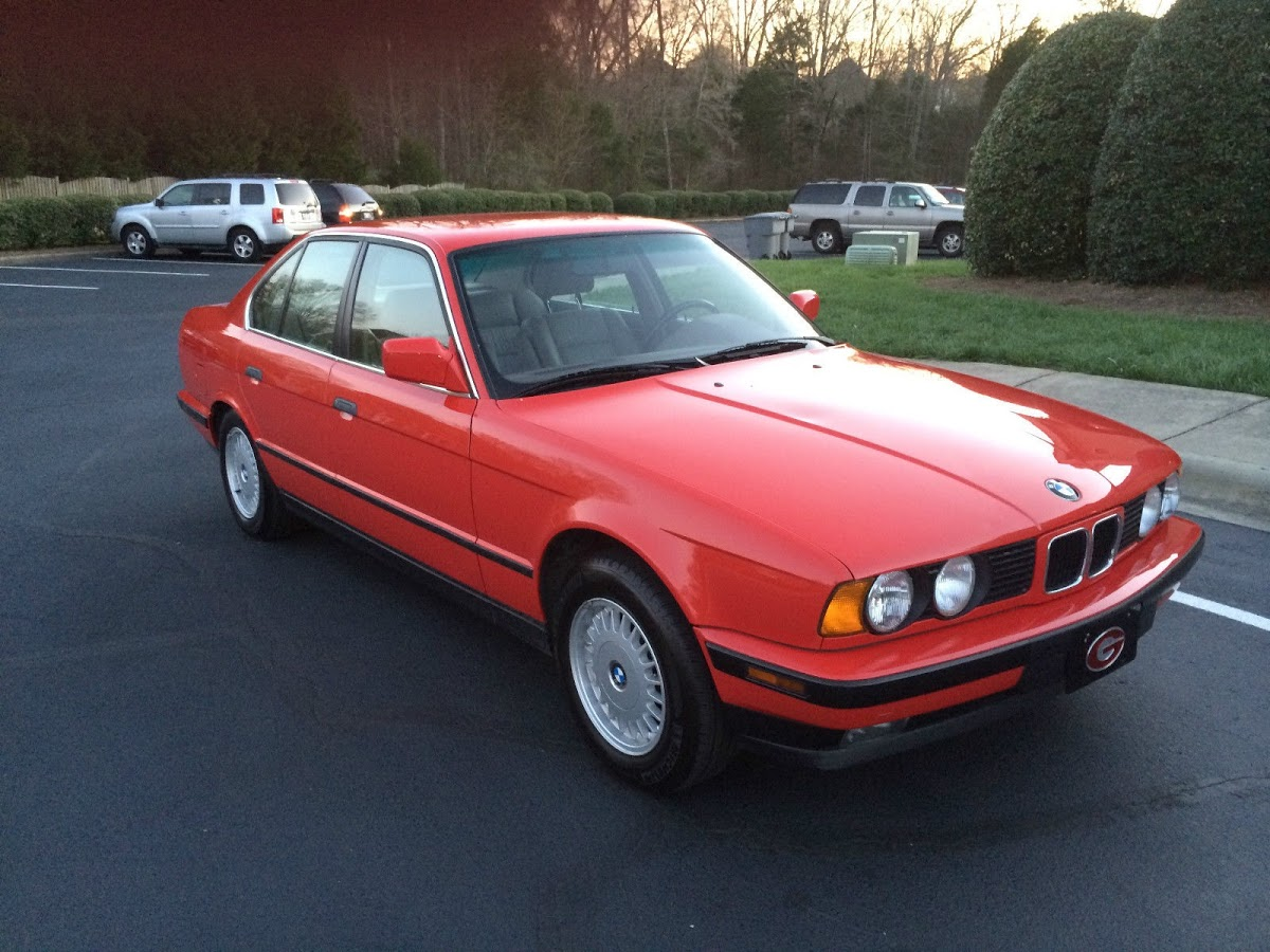 Barn Find 1992 Bmw 525i E34 With Just 14 708 Miles Carscoops