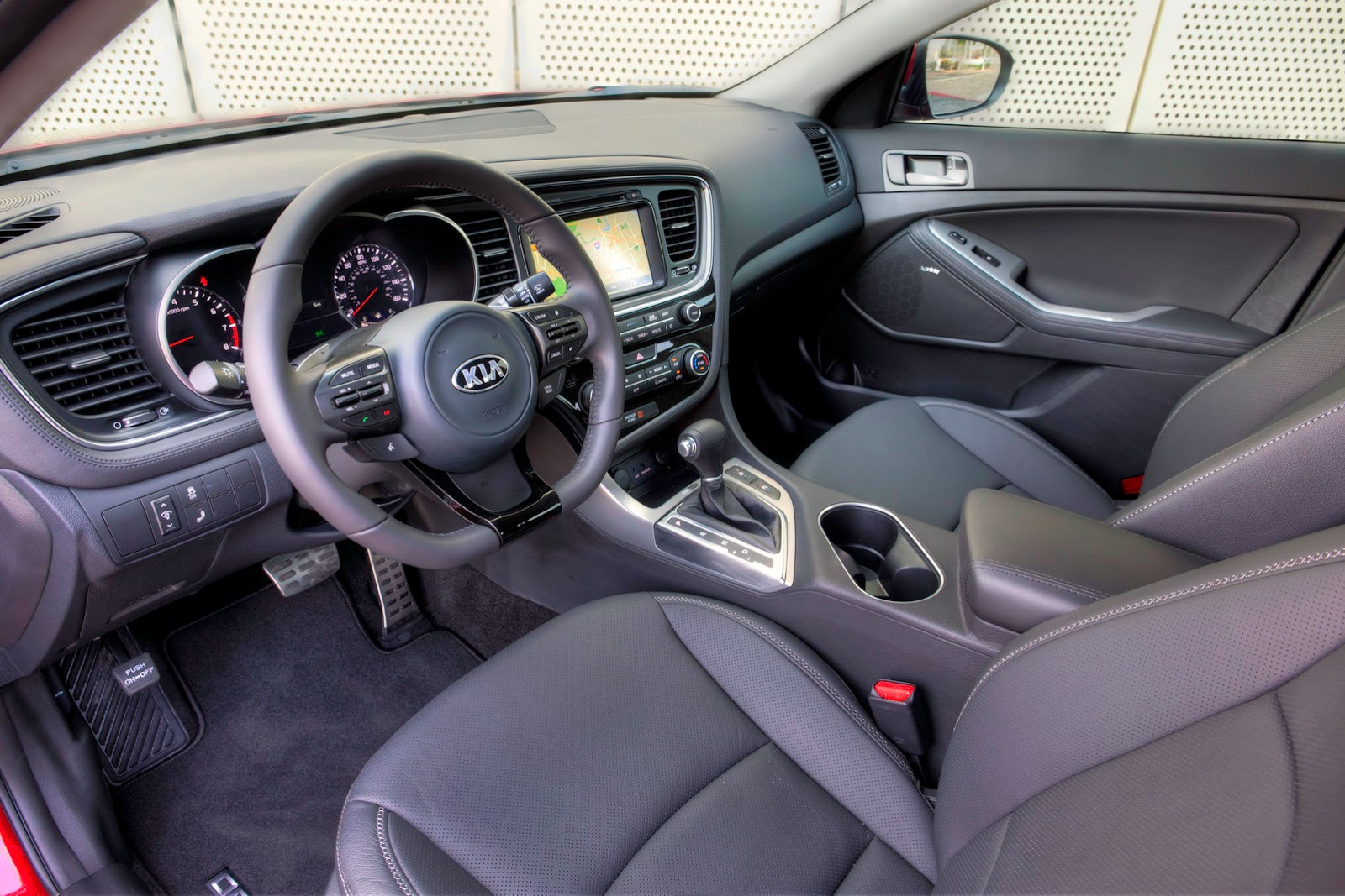 2015 Kia Optima Gets More Technology, Subtle Interior Updates | Carscoops