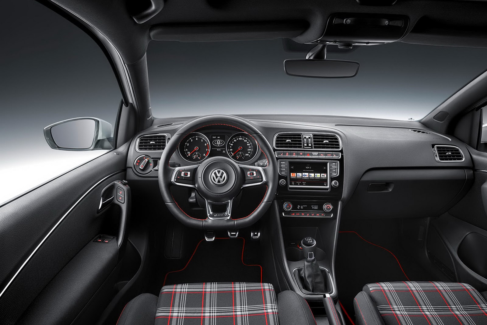 2015 vw polo gti facelift gets new 190ps 18l turbo and manual gearbox carscoops