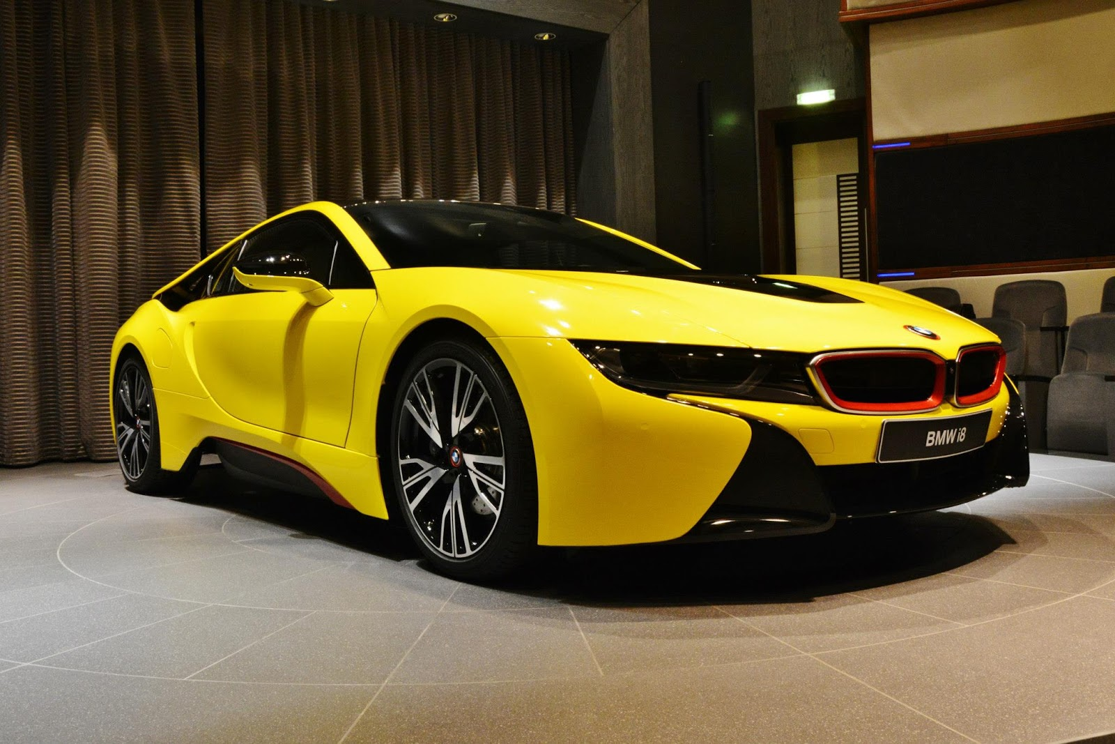 Bmw I8 Wears A Yellow Suit With Red Accents Carscoops
