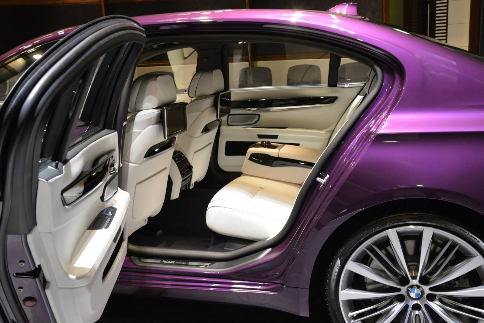 Bmw Abu Dhabi Shows Off Twilight Purple 760li Individual Carscoops