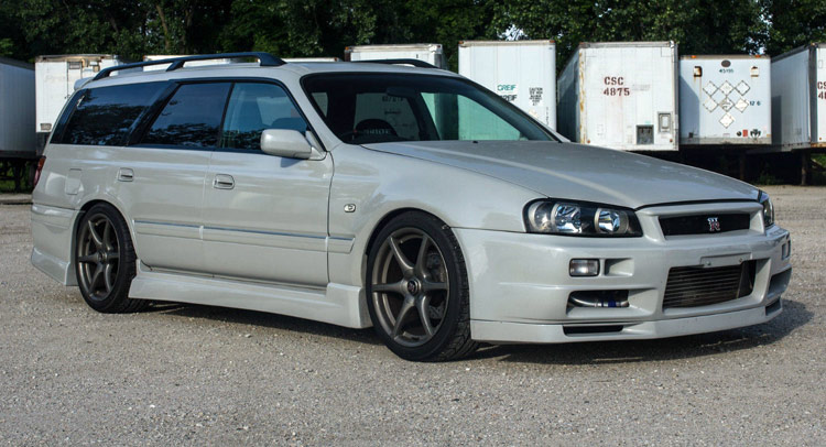 nissan stagea r34 gt r wagon will make you the coolest kid on the rh carscoops com