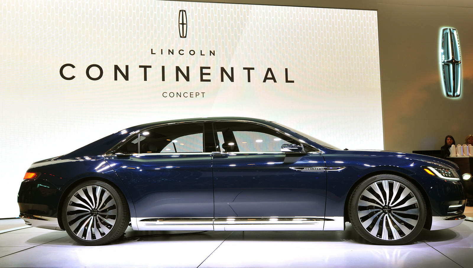 lincoln will made michigan carscoops the continental be in price photos