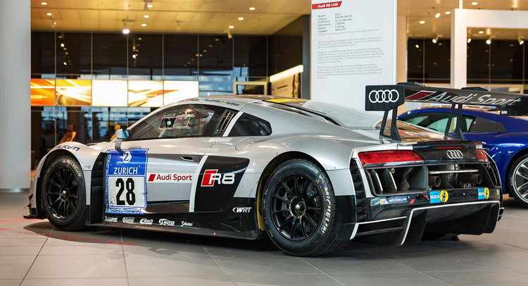 Audi r8 lms gt3 brings thunder to showroom floor carscoops publicscrutiny Images