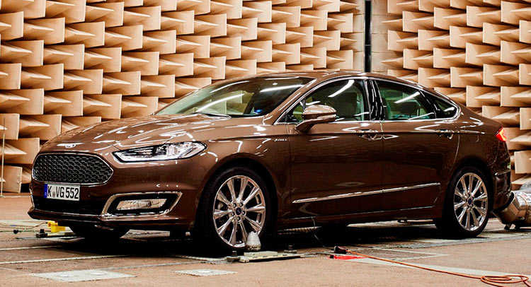 ford introduces noise cancelling technology on the mondeo vignale carscoops. Black Bedroom Furniture Sets. Home Design Ideas