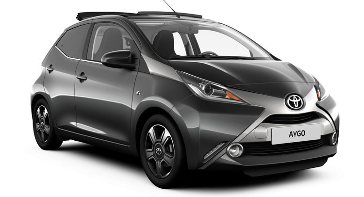toyota aygo gains new x clusiv range topper in uk carscoops. Black Bedroom Furniture Sets. Home Design Ideas