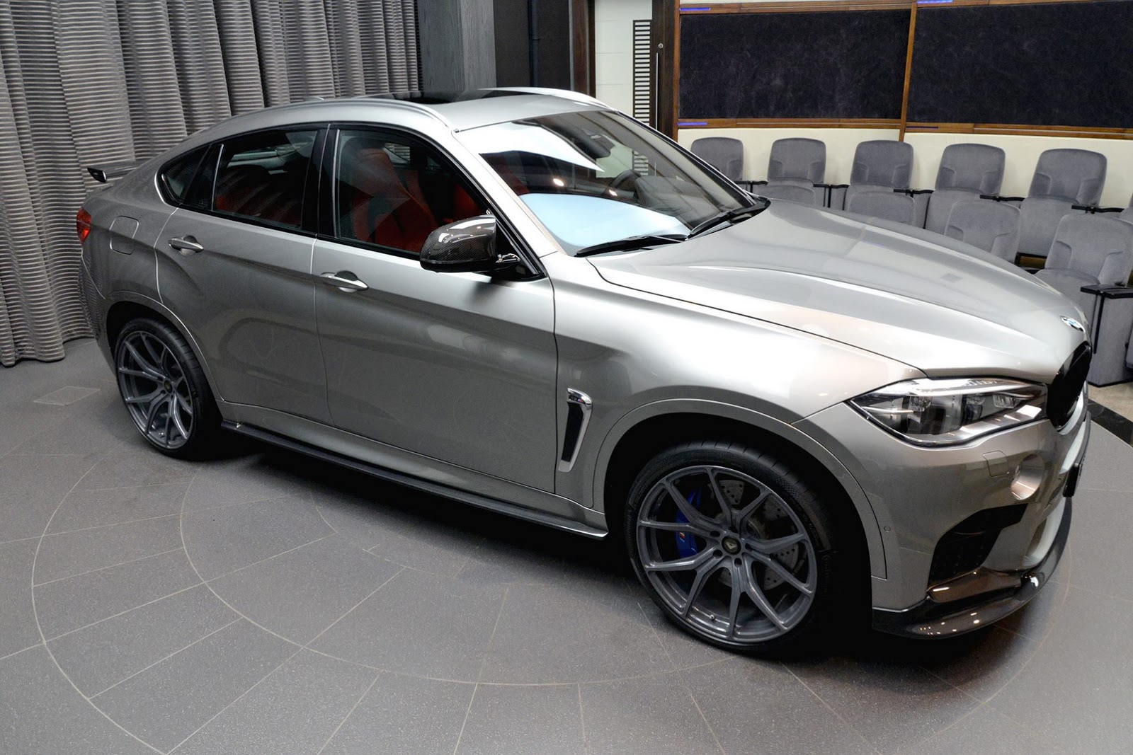 Bmw X6 M Gets A Makeover At Abu Dhabi Dealership Carscoops