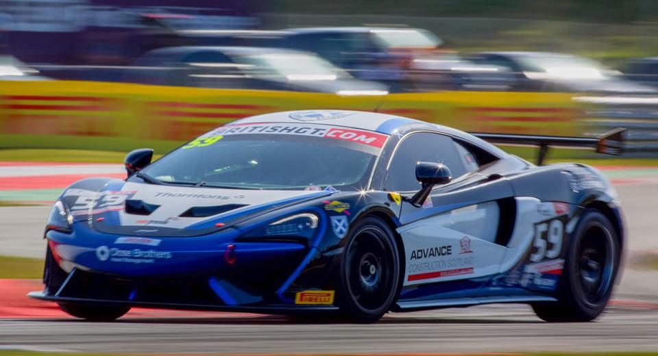 mclaren 570s gt4 already wins its first race   carscoops