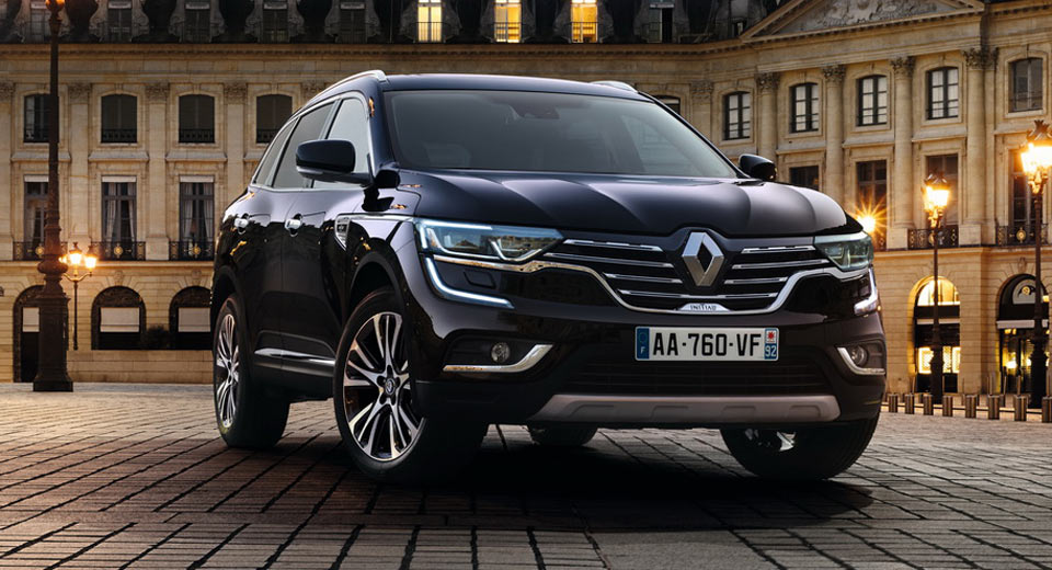 renault gives new koleos an initiale paris touch carscoops. Black Bedroom Furniture Sets. Home Design Ideas