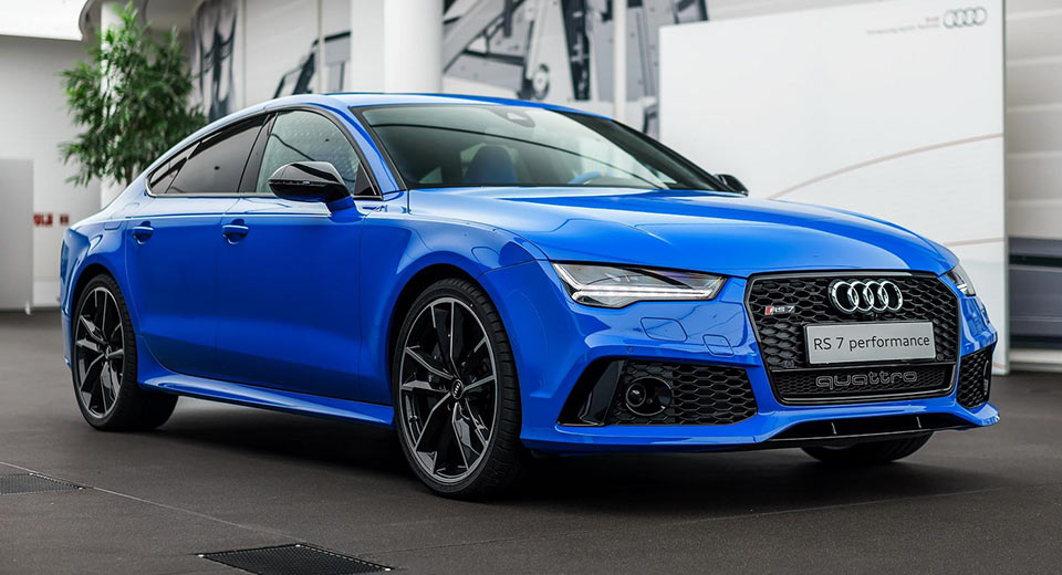 Exclusive Audi RS Comes In Porsches Voodoo Blue Color Carscoops - Audi car colors