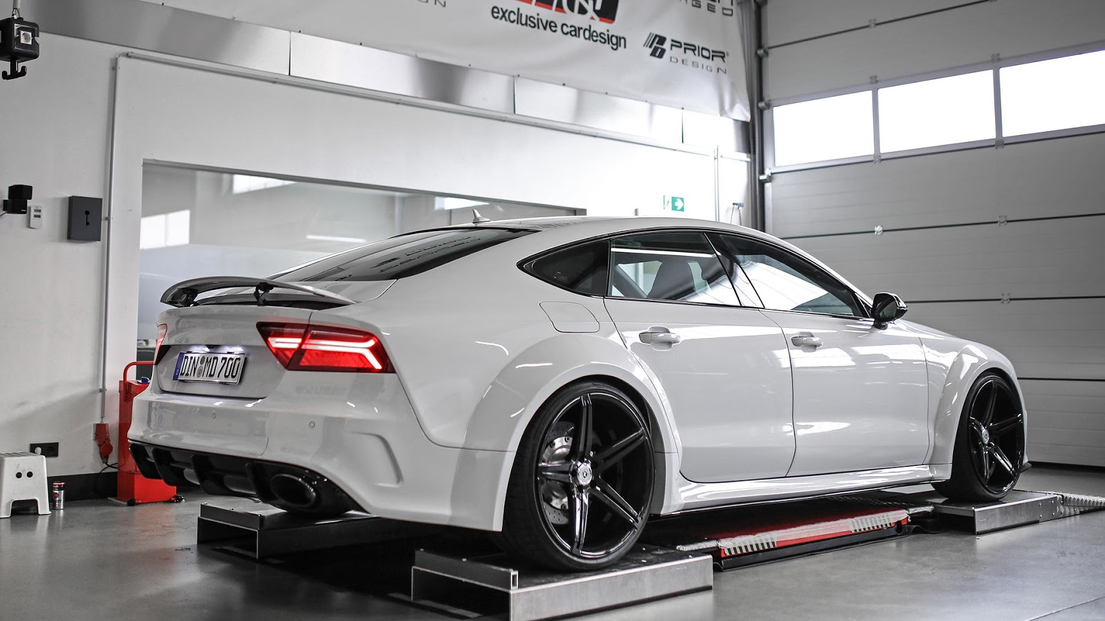 forget the rs7 all you need is this widebody audi s7. Black Bedroom Furniture Sets. Home Design Ideas