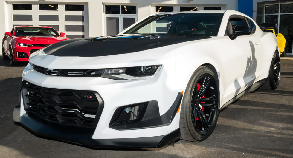 Daytona Dog Track >> New 2018 Chevrolet Camaro ZL1 1LE Puts On Its Tracksuit | Carscoops