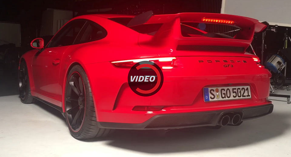 2018 Porsche 911 GT3 Facelift Makes Some Noise During