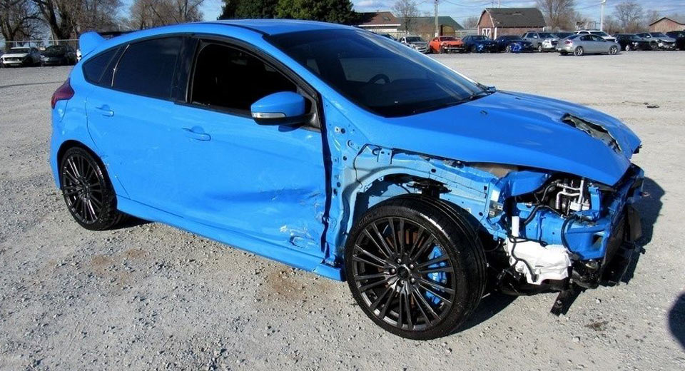 Wrecked Ford Focus RS With A Salvage Title Is Surprisingly Costly ...
