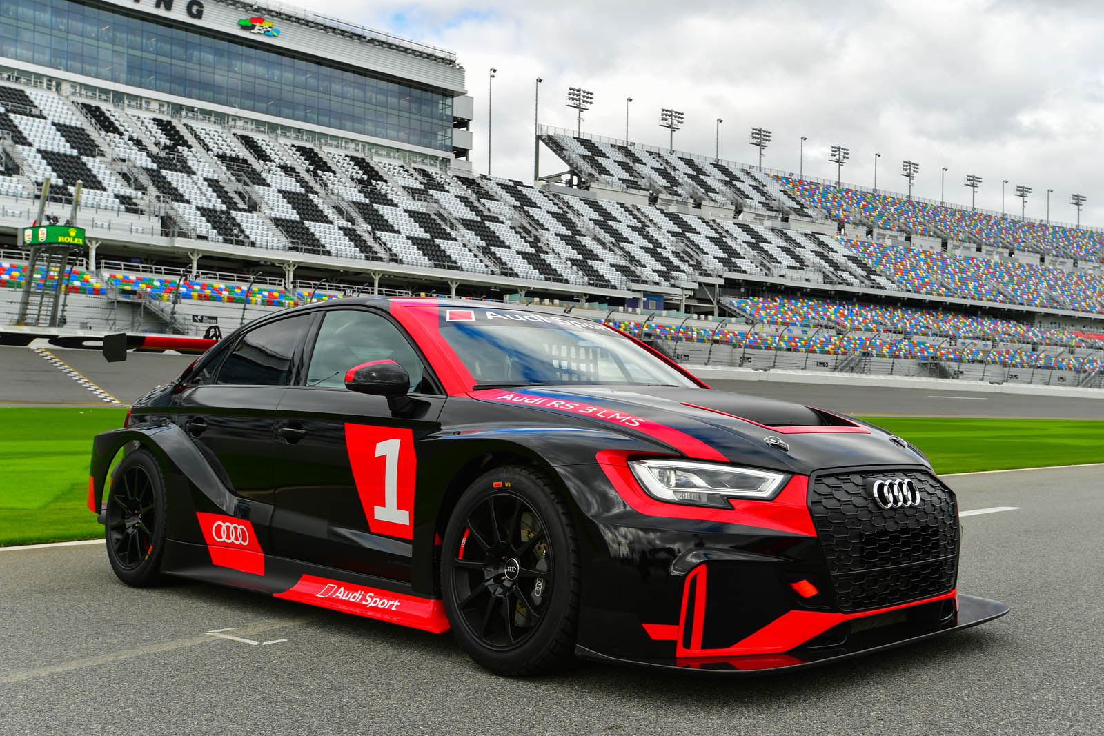 audi rs3 lms usa clubsport hits the great american racetrack carscoops. Black Bedroom Furniture Sets. Home Design Ideas