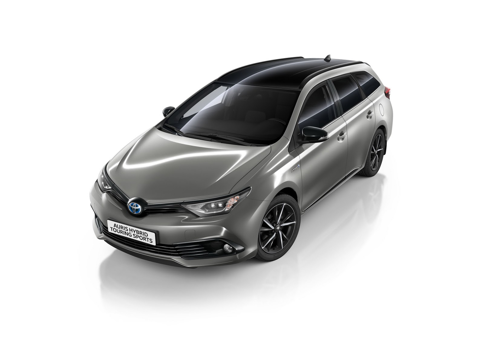 Toyota Adds Bi Tone Edition To Auris Hatch Amp Touring Range