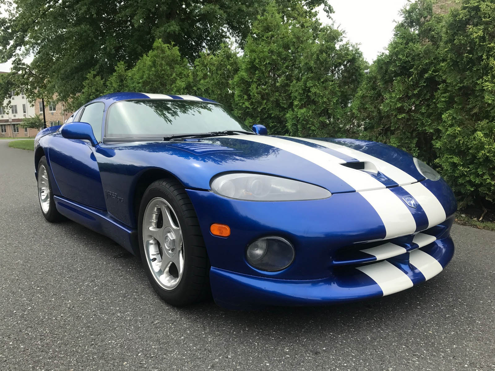 Doug DeMuro s Selling His 97 Dodge Viper GTS Coupe How Much Would