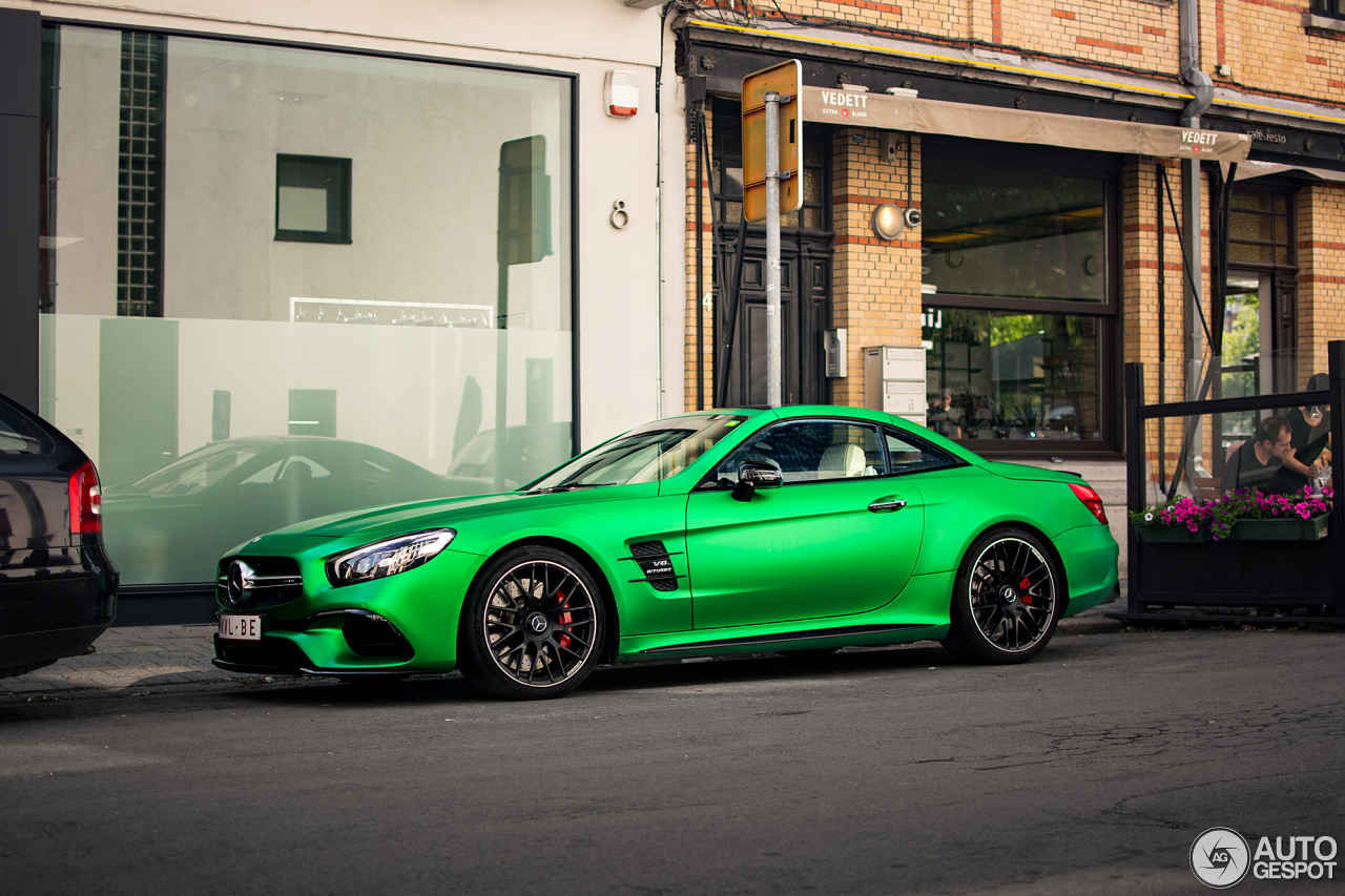 Mercedes Amg Sl 63 Also Knows How To Rock Green Hell Magno