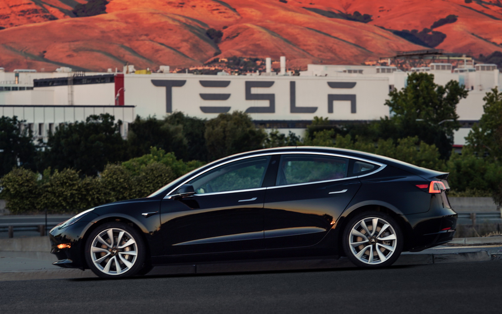 Tesla Announces Robust Third Quarter Production, Delivery