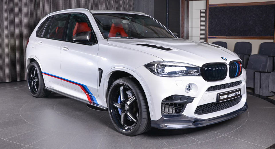 bmw x5 m sports a great deal of factory and aftermarket parts carscoops. Black Bedroom Furniture Sets. Home Design Ideas