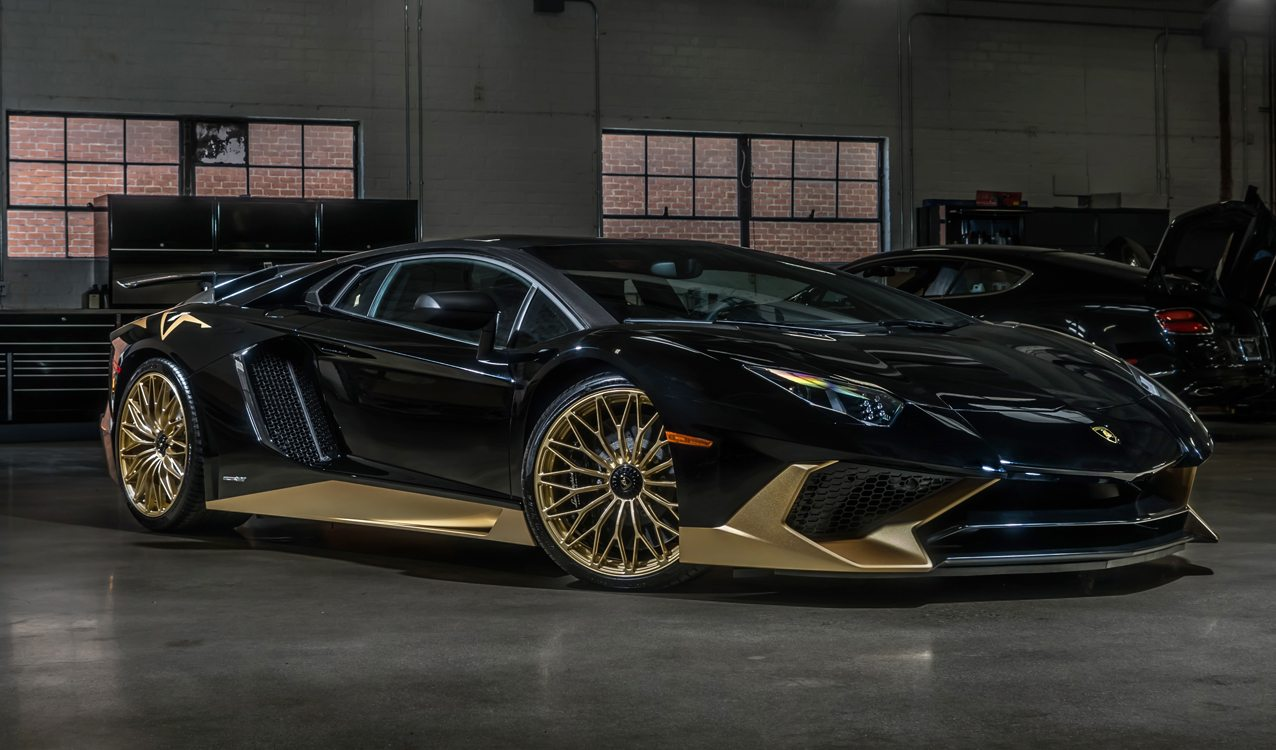 black and gold lamborghini aventador s is one of the last. Black Bedroom Furniture Sets. Home Design Ideas