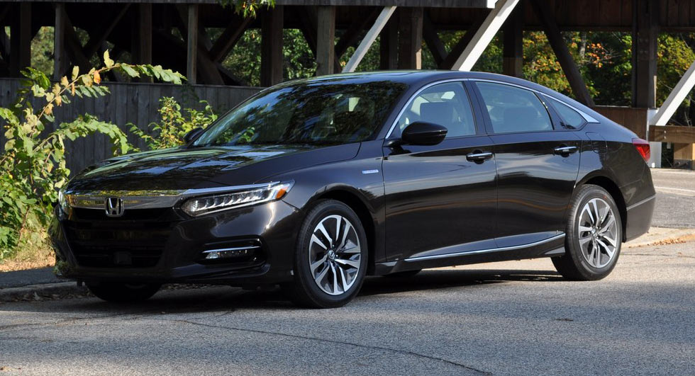 First drive 2018 honda accord hybrid is a no compromise for Honda accord base model