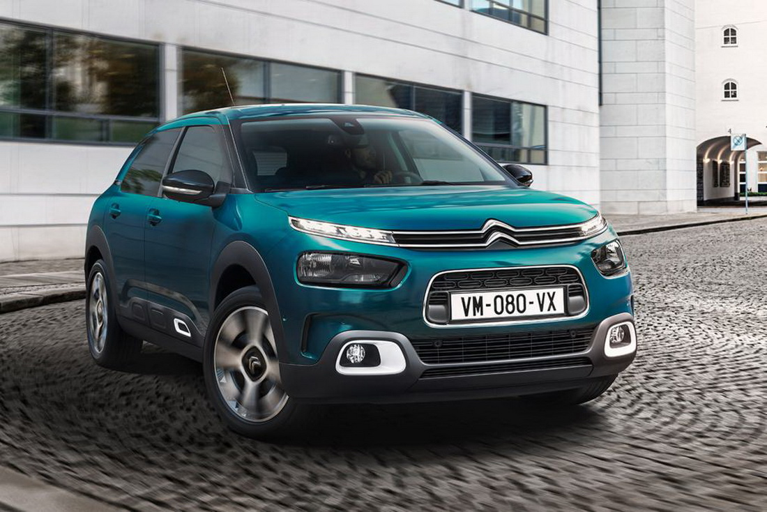 refreshed citroen c4 cactus gains hydraulic suspension for a smoother ride carscoops. Black Bedroom Furniture Sets. Home Design Ideas