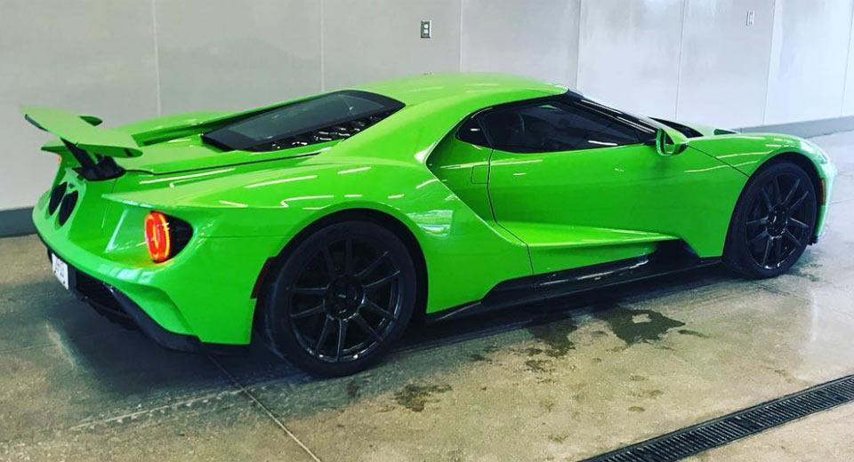 Ford Gt Gets Lamborghinis Verde Mantis Paint