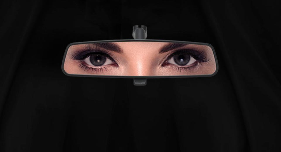 Bilderesultat for female drivers saudi arabia