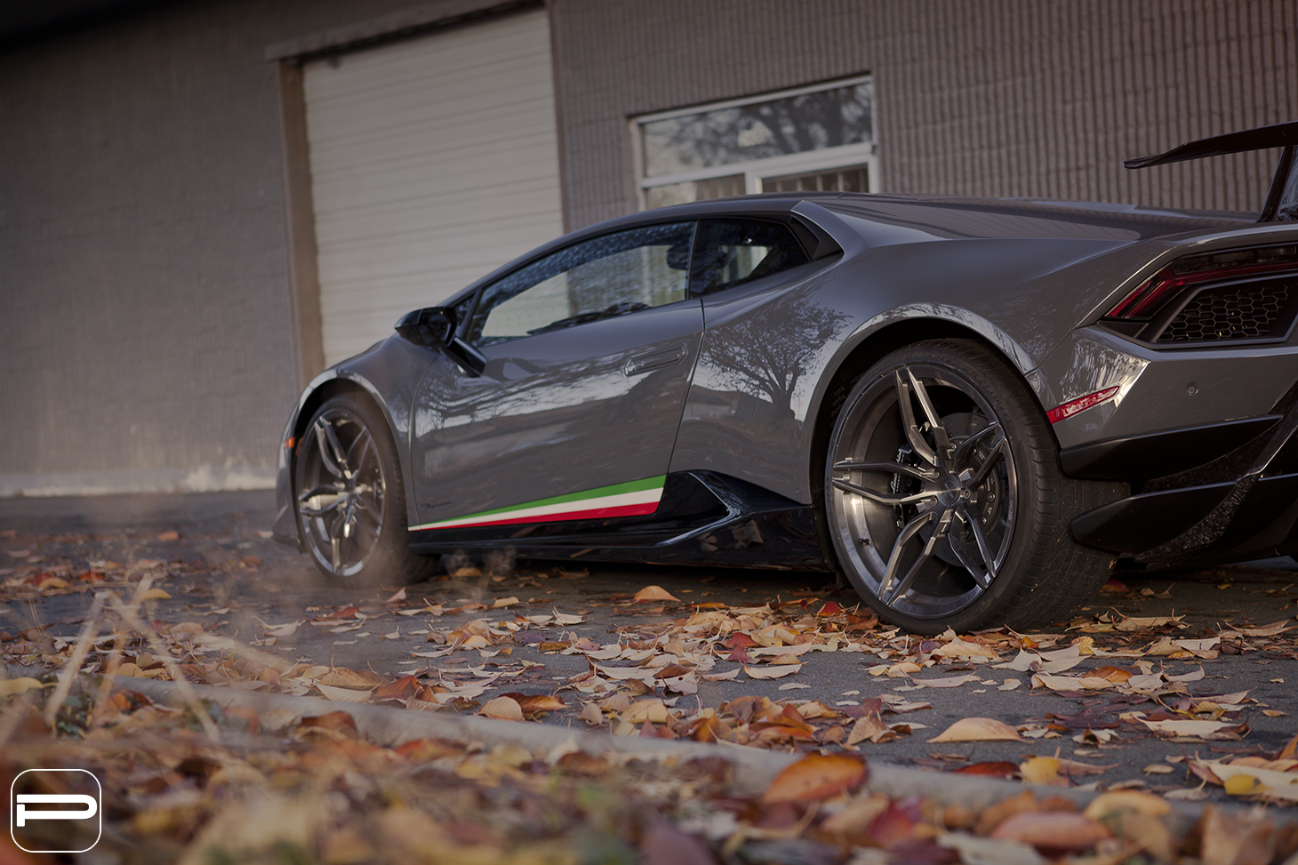 lamborghini huracan performante assumes  meaner stance  pur wheels carscoops
