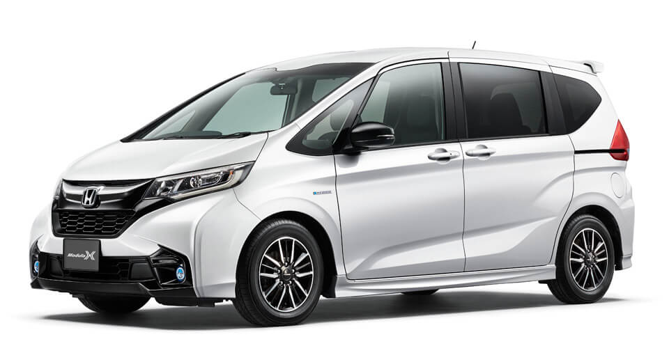 Honda Freed Modulo X Gives The Little