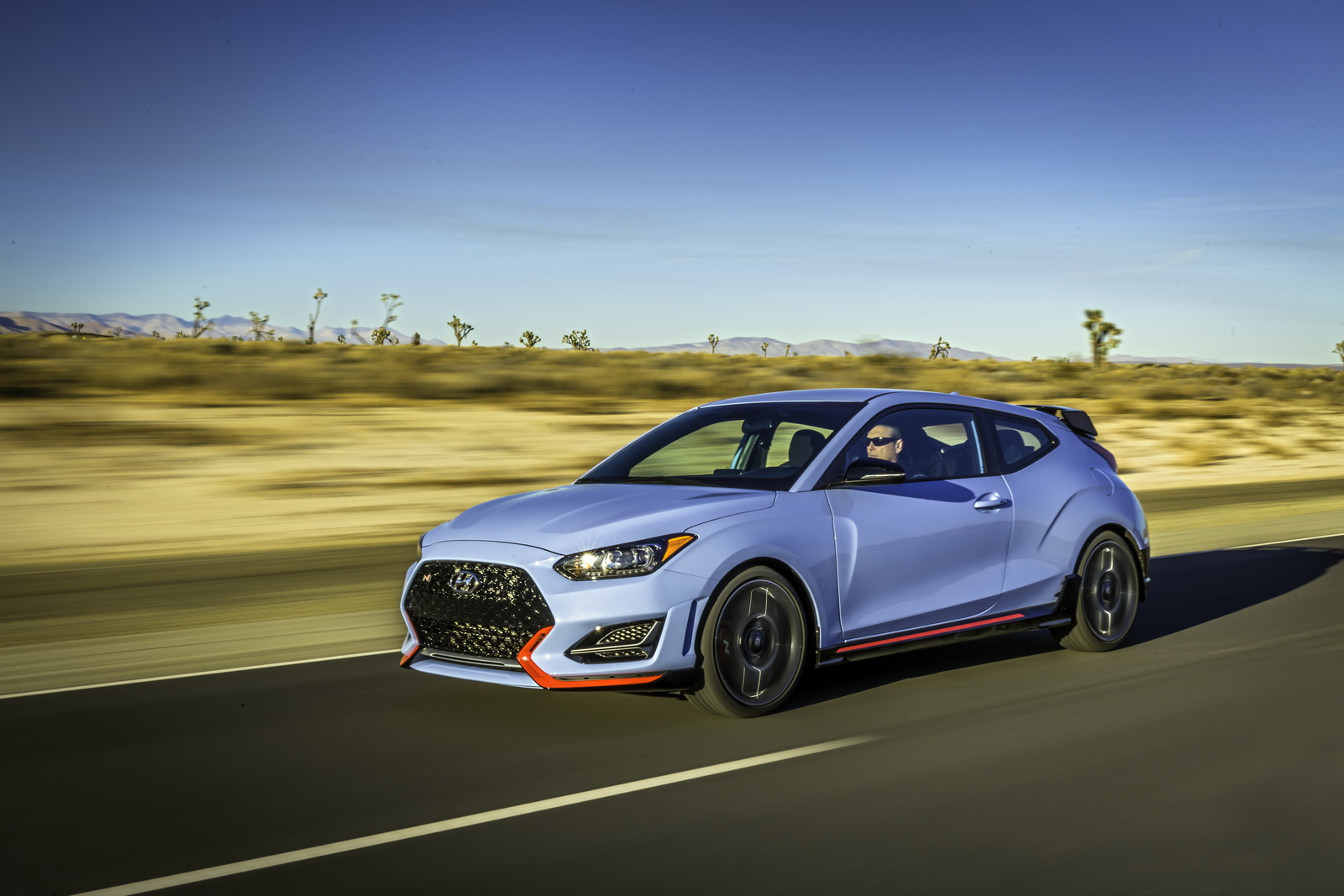 Focus St 19 Inch Wheels >> Hot Hyundai Veloster N With 275HP Shifts Its Focus On Ford's ST | Carscoops