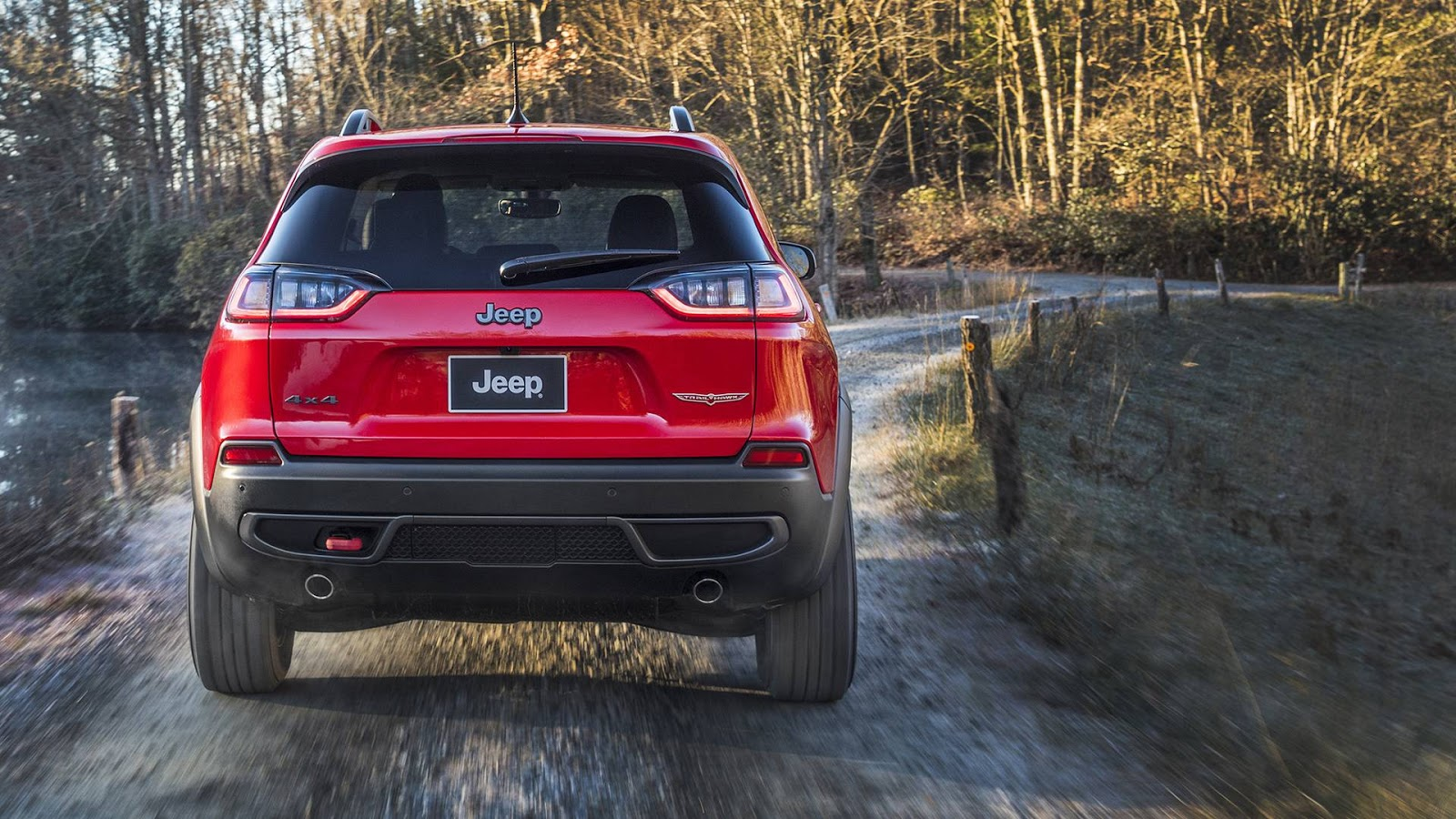 2019 Jeep Cherokee Premieres In Detroit With New Looks And ...