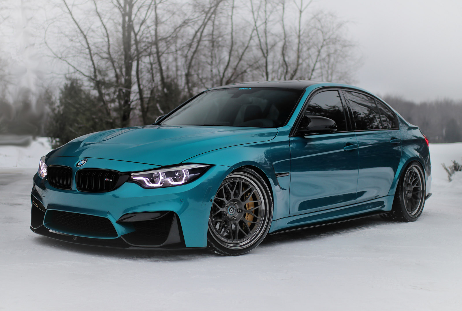 bmw m3 with subtle mods shines in atlantis blue paintjob carscoops. Black Bedroom Furniture Sets. Home Design Ideas