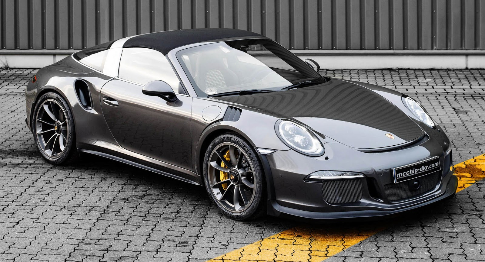 porsche 911 targa 4 gts by mcchip looks like a gt3 rs has it licked on power carscoops. Black Bedroom Furniture Sets. Home Design Ideas