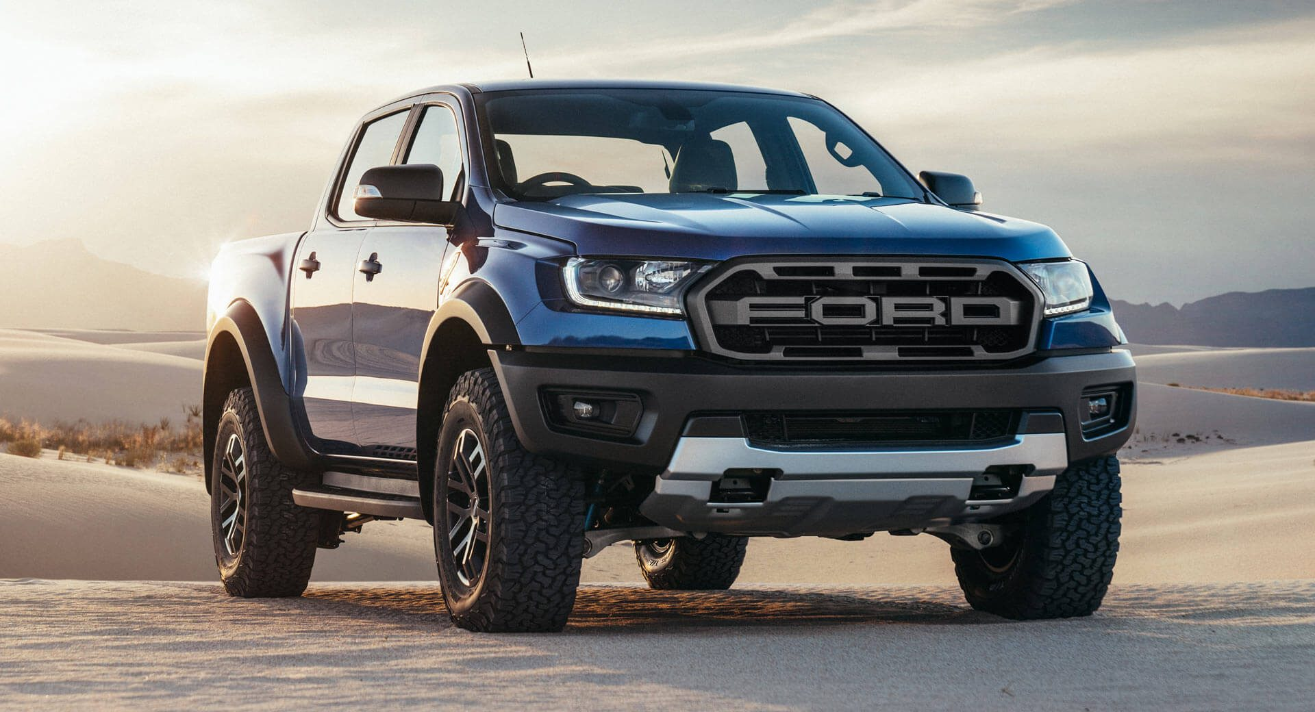 2019 ford ranger raptor revealed with 210hp turbodiesel power carscoops. Black Bedroom Furniture Sets. Home Design Ideas