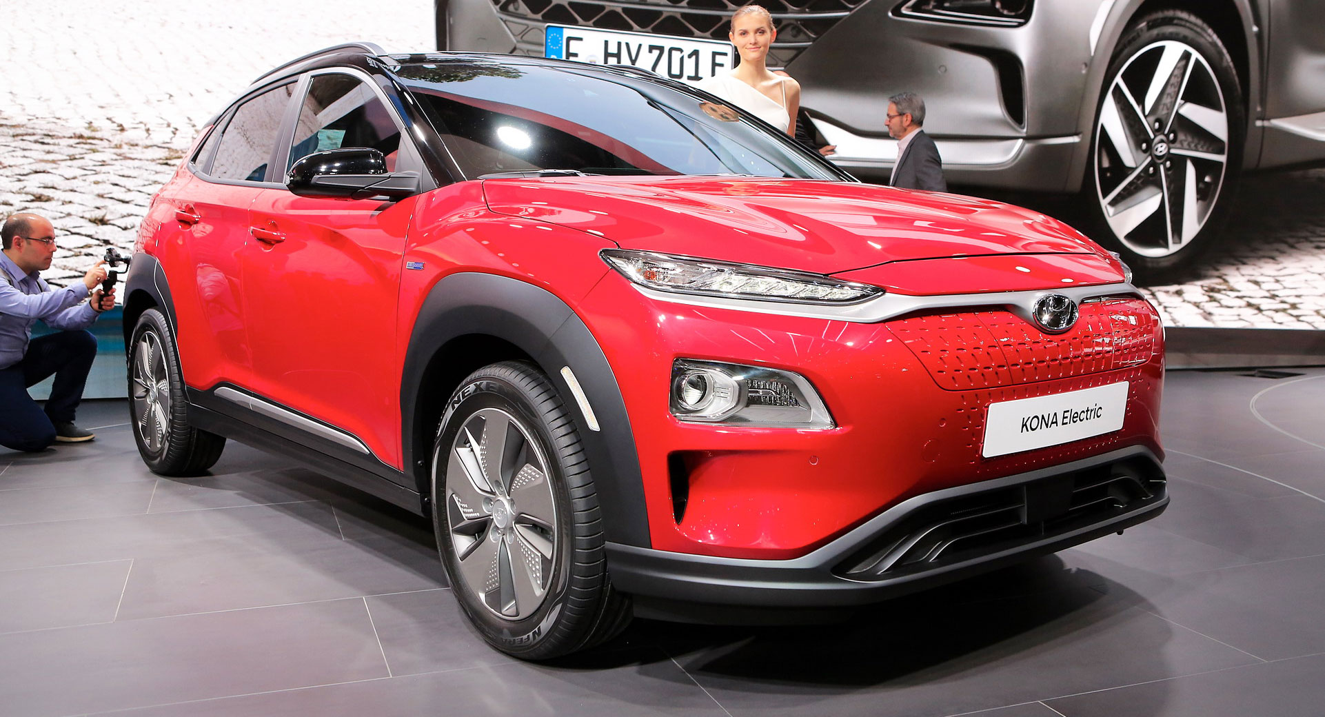 Hyundai kona electric has 204 horses and up to 292 miles for Hyundai motor america phone number