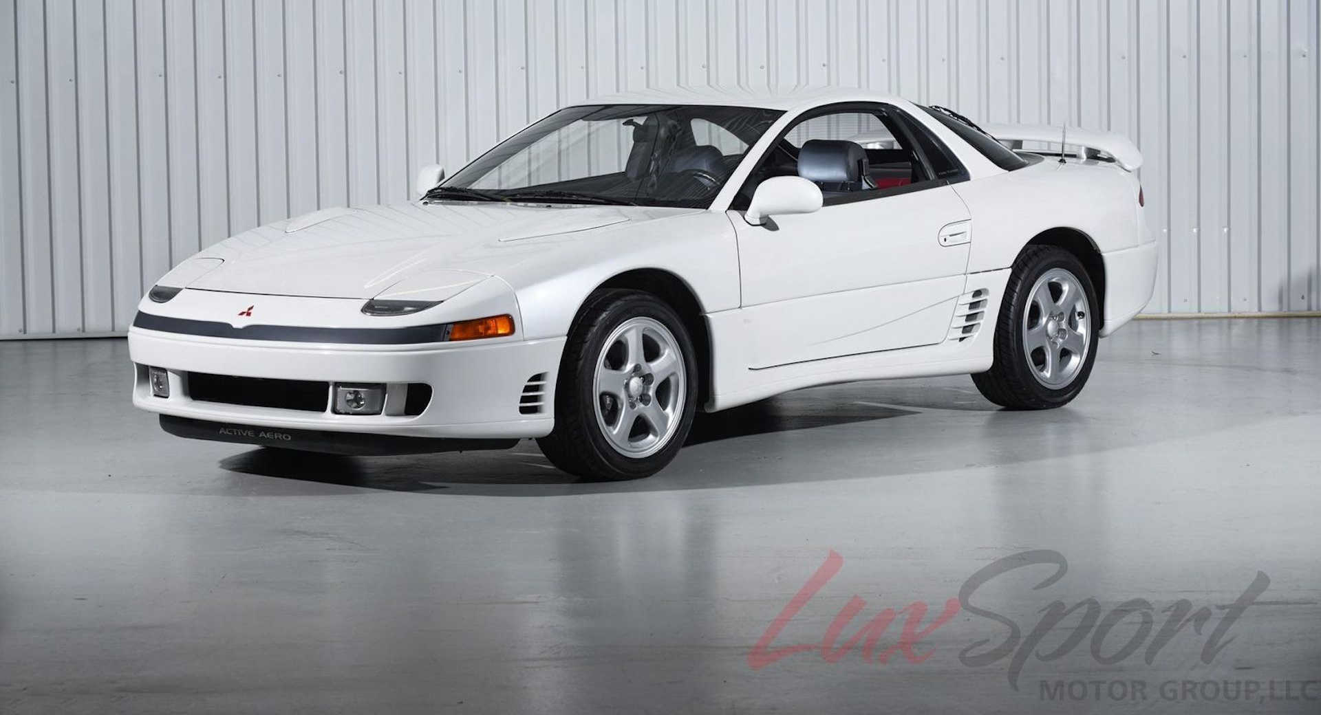 mint 1991 mitsubishi 3000gt vr 4 brims with high tech but is it worth 50k carscoops. Black Bedroom Furniture Sets. Home Design Ideas
